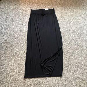 NWT a.n.a. Black maxi skirt size medium